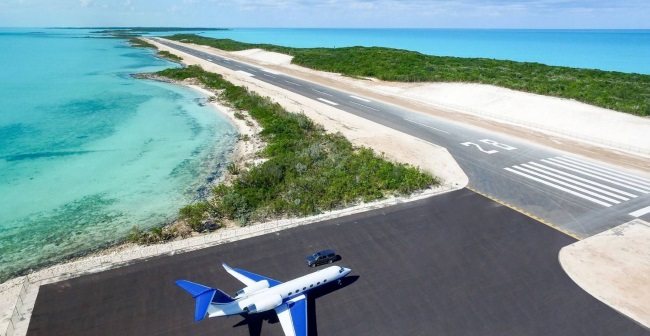 Blue Island Private Airport and Runway Exumas Bahamas aka Hog Cay aka Innocence Island